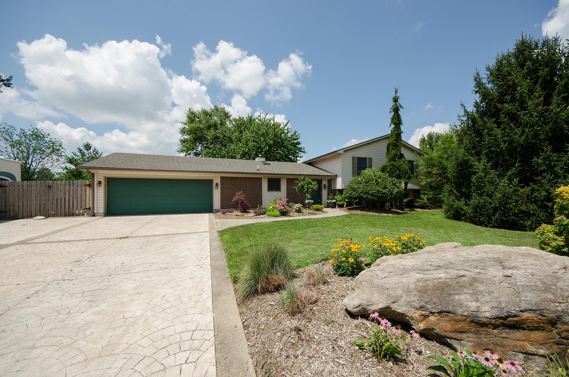 450 Island Lake Court   Dayton, OH - Design Homes