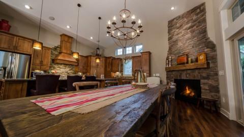 Custom dining room by Design Homes, home builder.