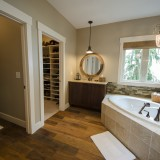 A custom master bath by Design Homes.