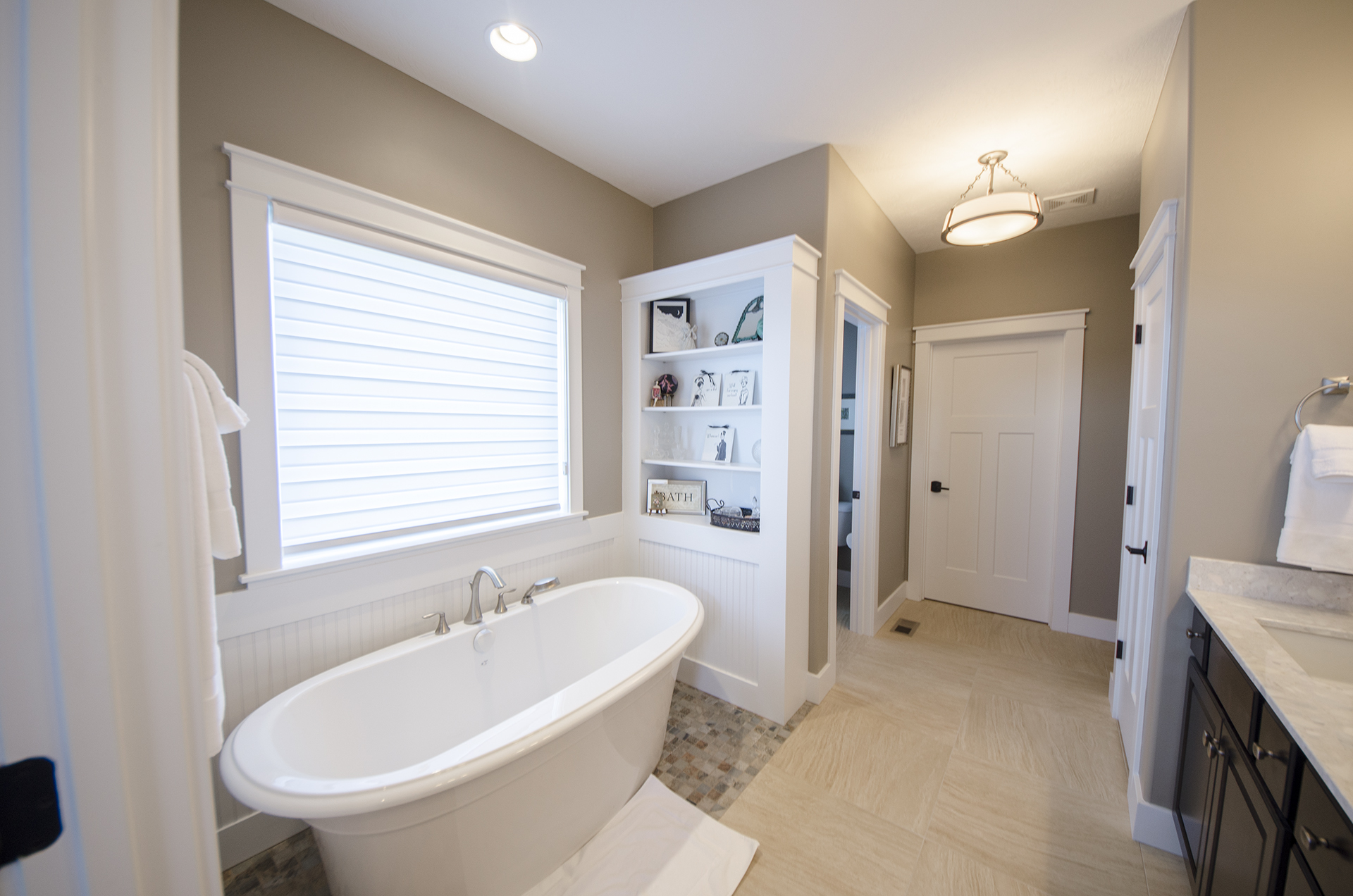 Custom Master Bathrooms bathrooms - design homes